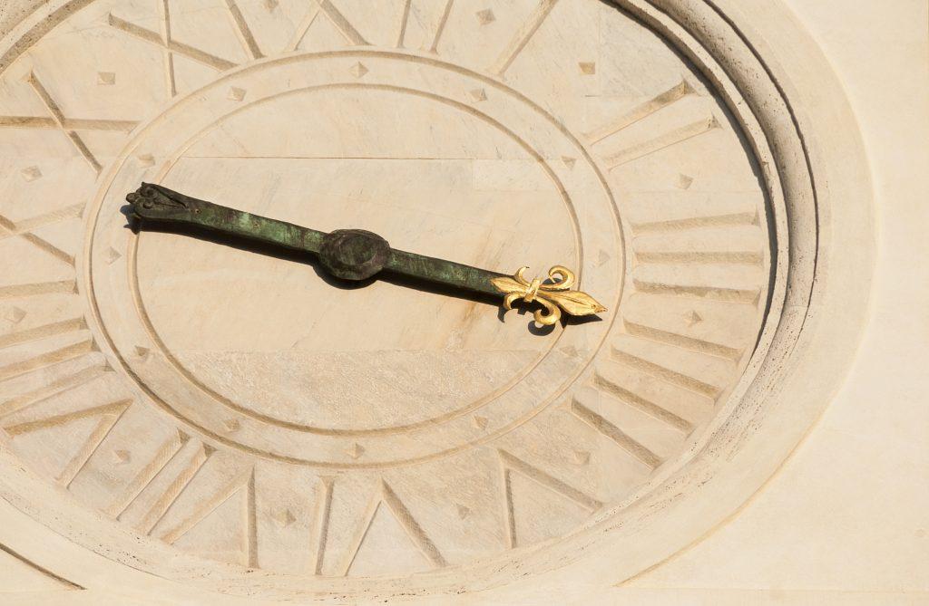 ローマ 時計